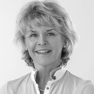 Frau Dr. med. Hildegard Faust-Albrecht